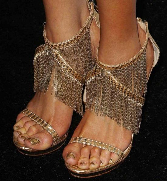 Z La La showing off her feet inCassiane sandals