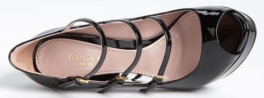 Gucci 'Lisbeth' Pumps in Black Patent