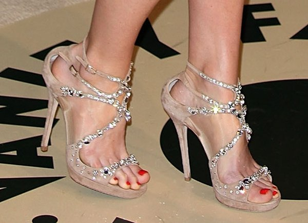 Alice Eve's bare feet in Jimmy Choo Viola sandals
