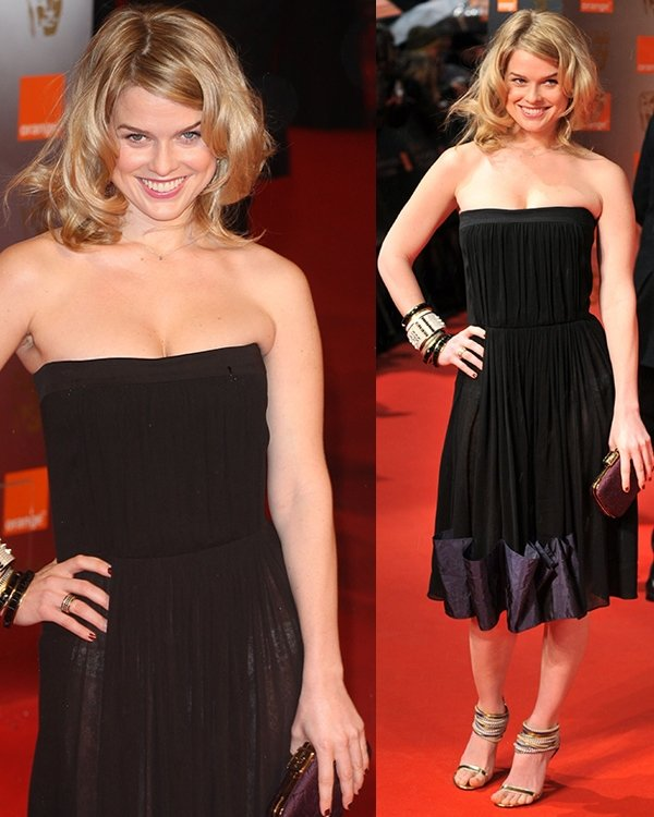 Alice Eve's sexy cleavage at the Orange British Academy Film Awards