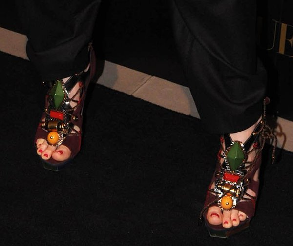 Alice Eve put her sexy toes on display in embellished cage sandals