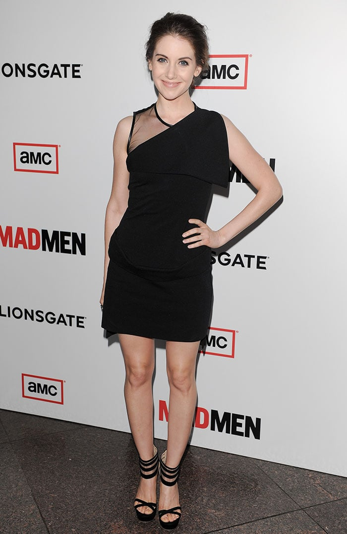 Alison-Brie-Givenchy-dress-Mad-Men-6-premiere
