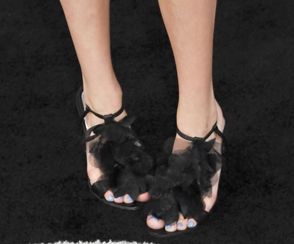 Bella Thorne's sexy toes in Badgley Mischka shoes