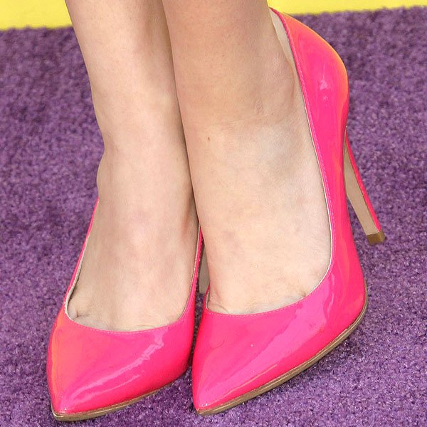 Bella Thorne pink patent pumps