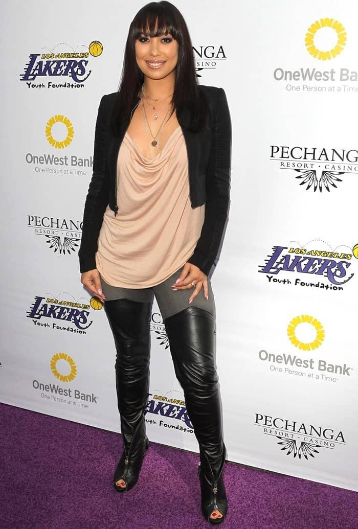 Cheryl Burke attends the Lakers Casino Night fundraiser