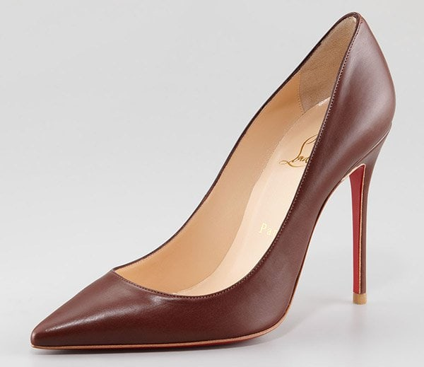 Christian Louboutin Decollete Pumps in Brown