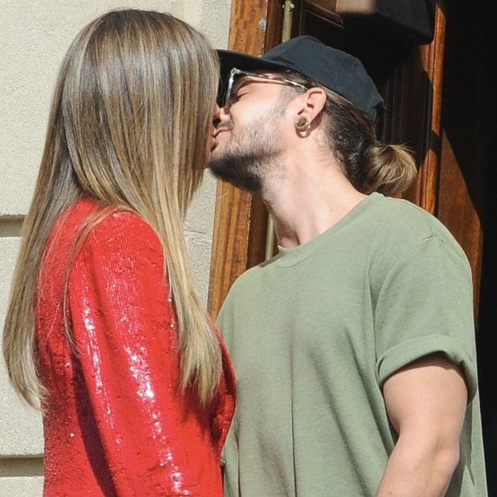Heidi Klum her boyfriend Tom Kaulitz couldn't stop kissing in Pasadena, California