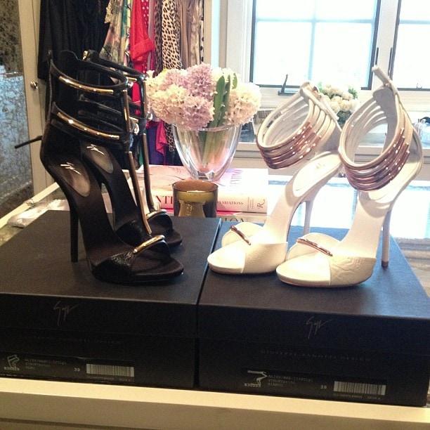 Khloe Kardashian showing off her Giuseppe Zanotti sandals
