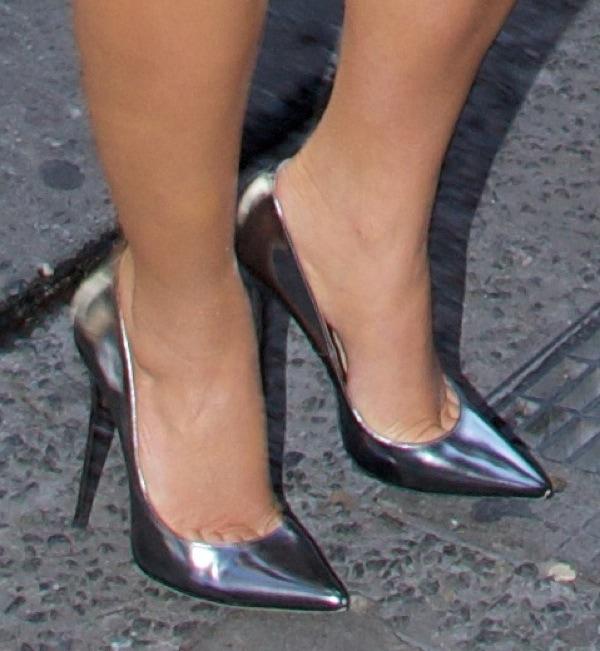 Kim Kardashian arrives at The Darby restaurant