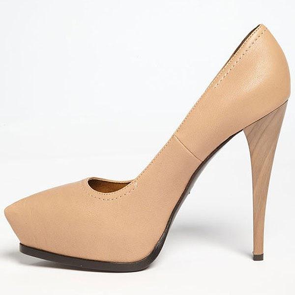 Lanvin stiletto pumps