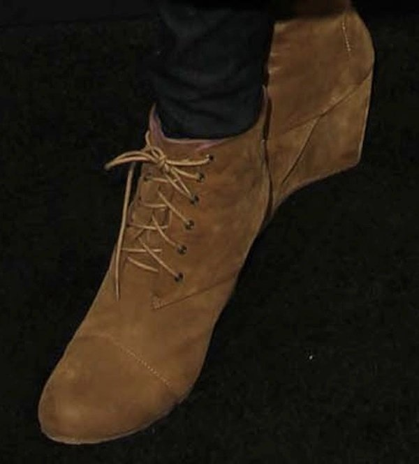 Lisa Leslie shoes