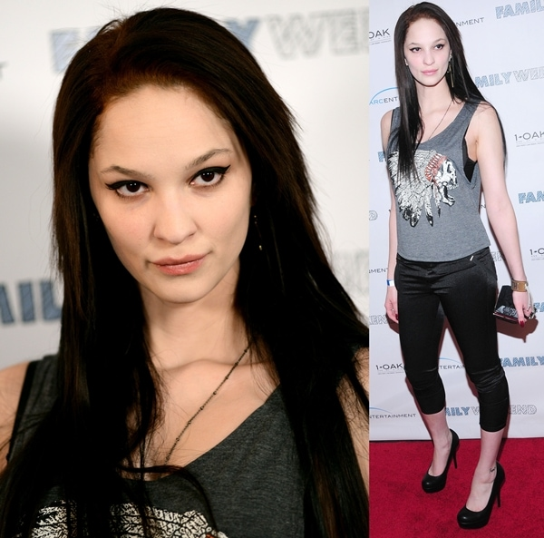 Ruby Modine goes ultra-casual on the red carpet in capris and a printed tank top