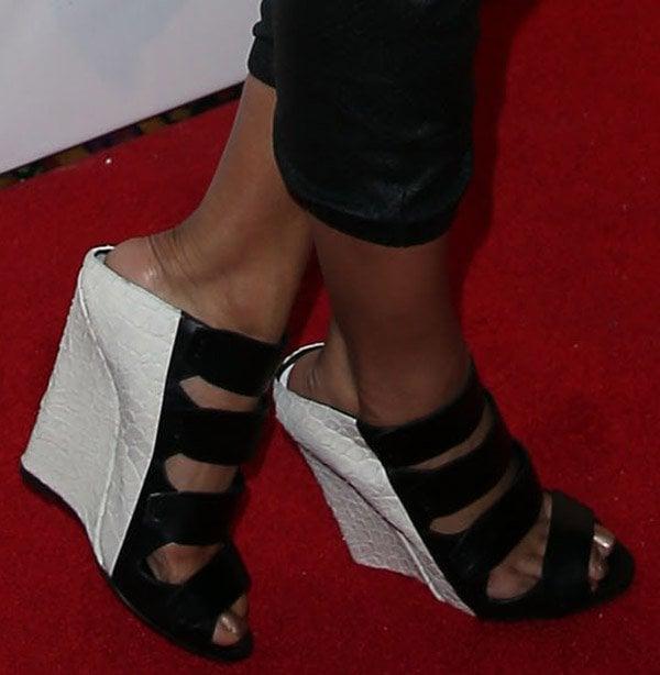 Keri Hilson's feet in Narciso Rodriquez booties
