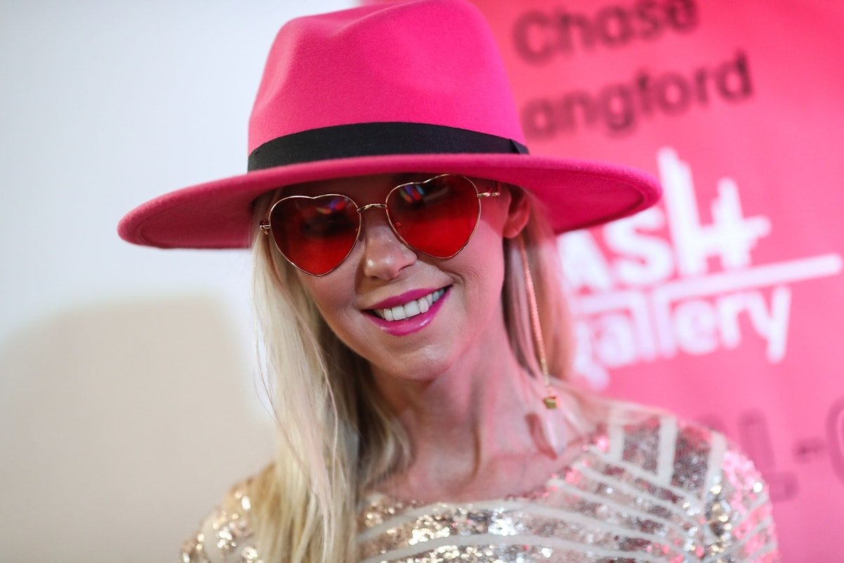 Tara Reid attends Visual-O Exhibition At Mash Gallery on August 21, 2021, in Los Angeles, California