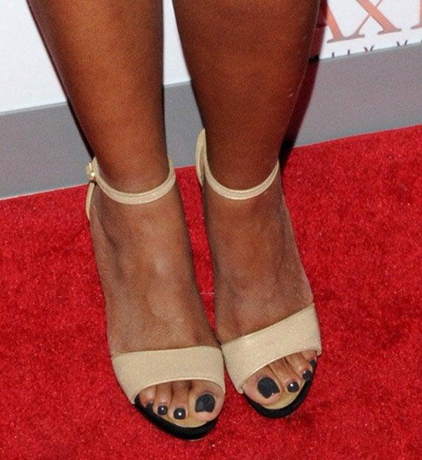 Nike womens articulate bikini sandal