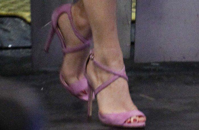 Selena Gomez and Vanessa Hudgens appear on 'El Hormiguero'