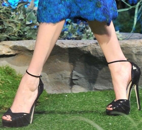 "Michelle Williams rocked black ankle-strap ""Kalpa"" sandals"