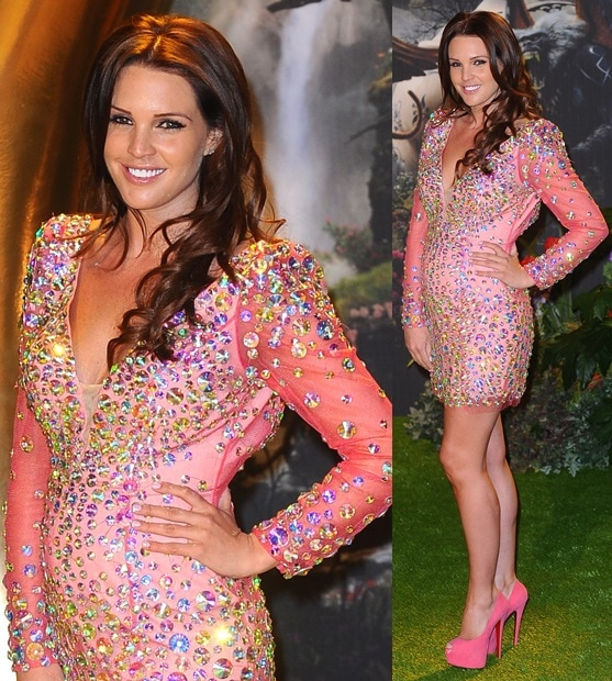 Danielle Lloyd matching her pink dress with pink pumps from Louboutin
