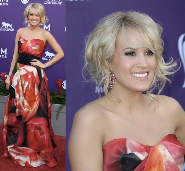 Carrie Underwoodwas gorgeous in her Naem Khan long gown