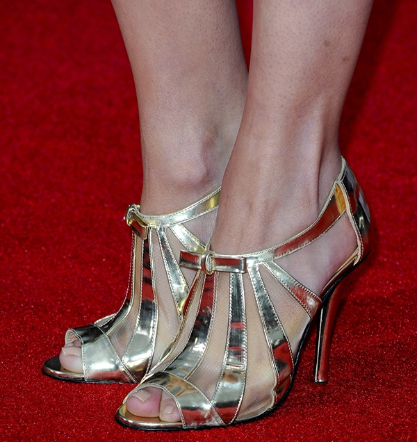 Emily VanCamp shows off her hot feet in metallicRobert Clergerie shoes