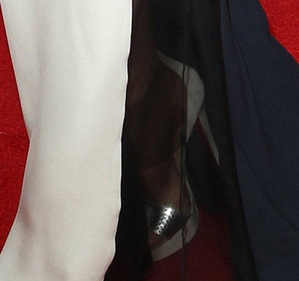 Gwyneth Paltrow wearsChristian Louboutin Dufoura sandals