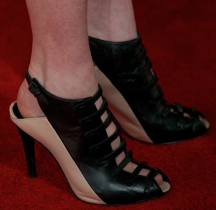 A closer look at Julianne's Narciso Rodriguez booties