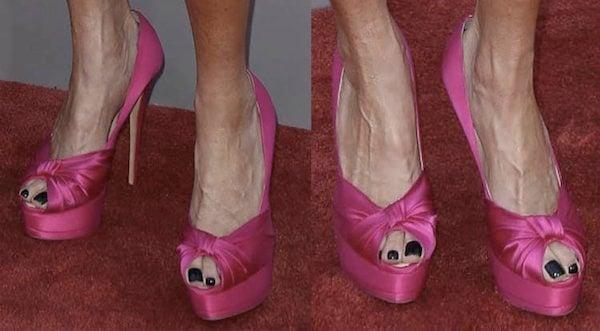 Karen Fairchild'sknotted fuchsia peep toes