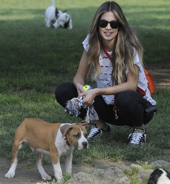 Melissa Satta Walking Her Dog In The Park