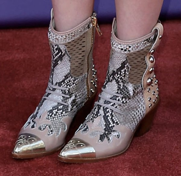 RaeLynn was truly country with her snakeskin cowboy boots