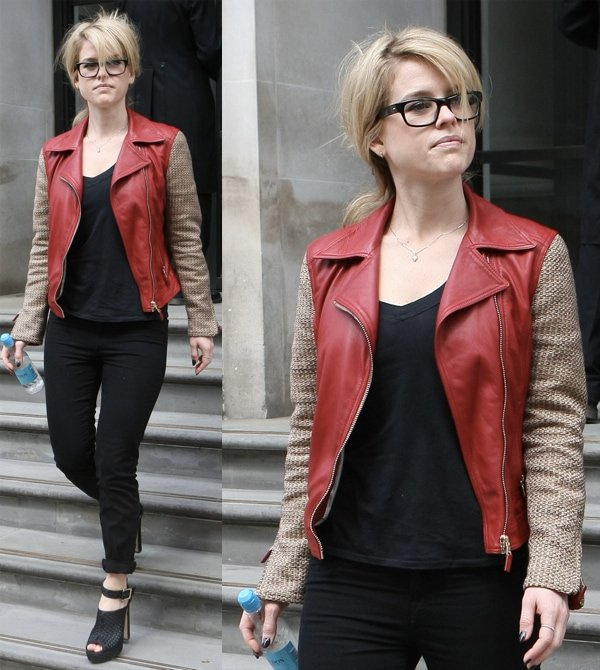 Alice Eve wore her black heels with a pair of black skinnies, a black T, and a mixed-media leather jacket