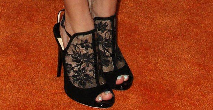 Bella Thorne's toes in Jimmy Choo Maylen booties