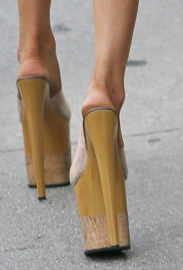 Courtney Stodden's sky-high heels