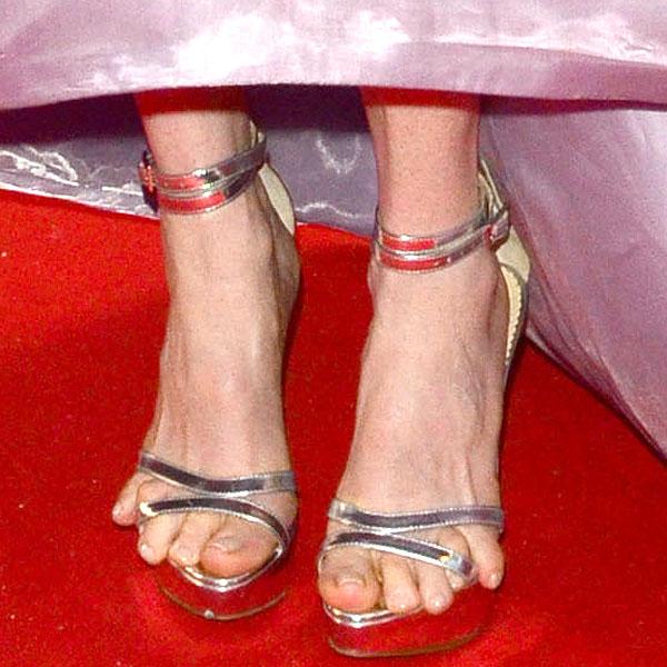 Julianne Moore toes Cannes