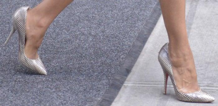 "Kerry Washington wearing snakeskin ""Batignolles"" pumps from Christian Louboutin"
