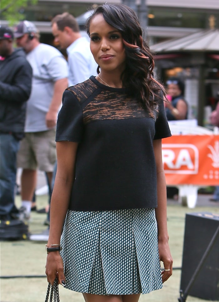Kerry Washington was all casual chic and pretty in her black tee from Isabel Marant and printed Marni mini skirt ensemble
