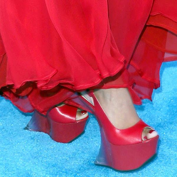 Nicki Minaj shoe s2013 Billboard Music Awards