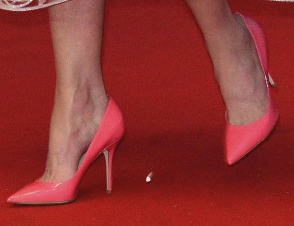 Nicole Kidman rocking pinkDior patent leather pumps
