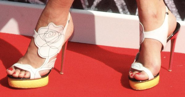 Rita Ora in Nicholas Kirkwood Flower sandals