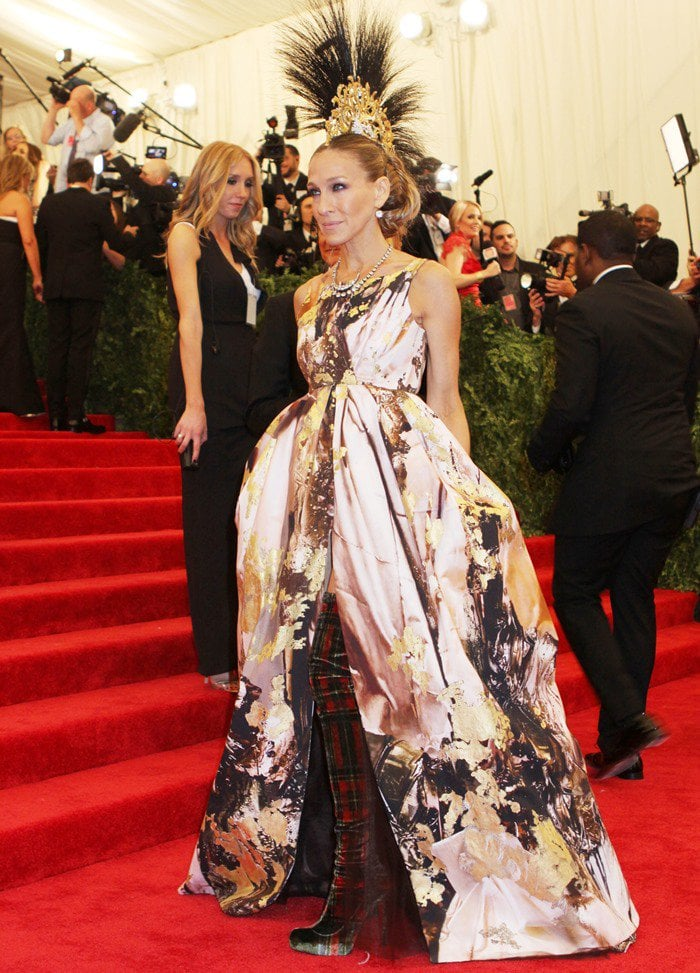 Sarah Jessica Parker on the red carpet at the 2013 Met Gala held at the Metropolitan Museum of Art in New York City on May 6, 2013