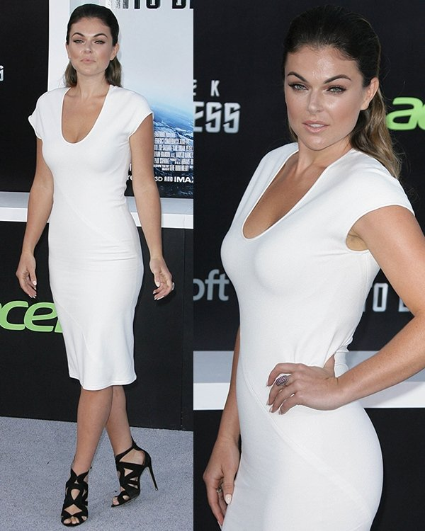 Canadian actress Serinda Swan was pretty hot in black and white