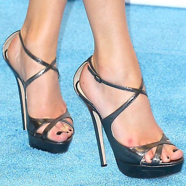 Taylor Swift shoes 2013 Billboard Music Awards