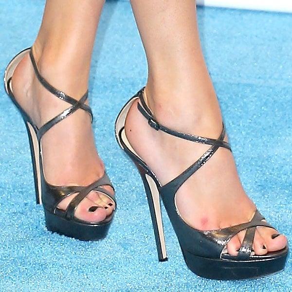 Taylor Swift shoes 2013 Billboard Music Awards