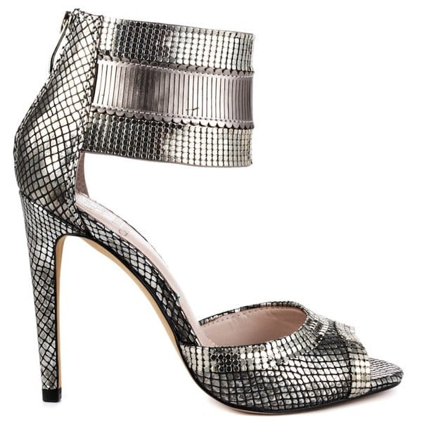 Vince Camuto 'Latese' in Black/Silver Sandals