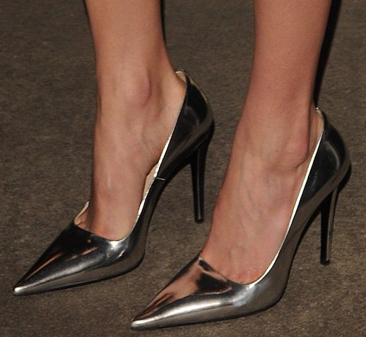 Kate Bosworth shows off her feet in very pointy silvery shoes