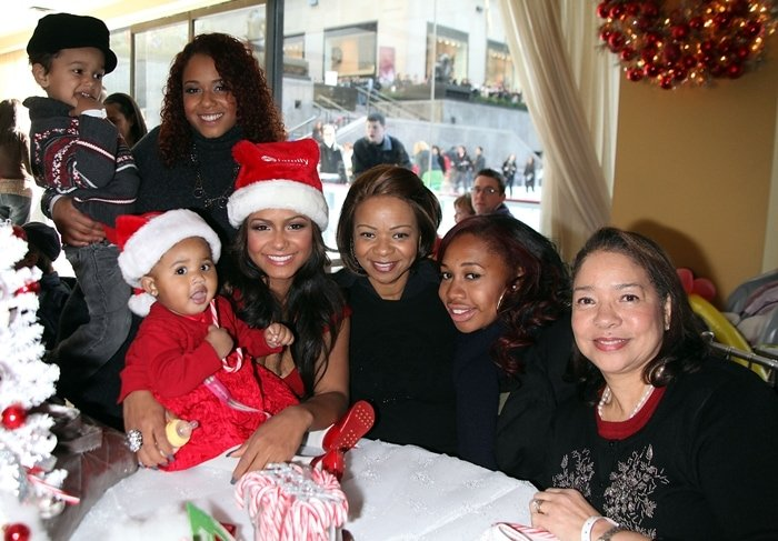 Christina Milian with her daughter Violet Madison Nash, her mother Carmen Milian, her sister Danielle Milian (born as Danielle Whitney Flores), her cousin Doris Milian, and Lauren Milian