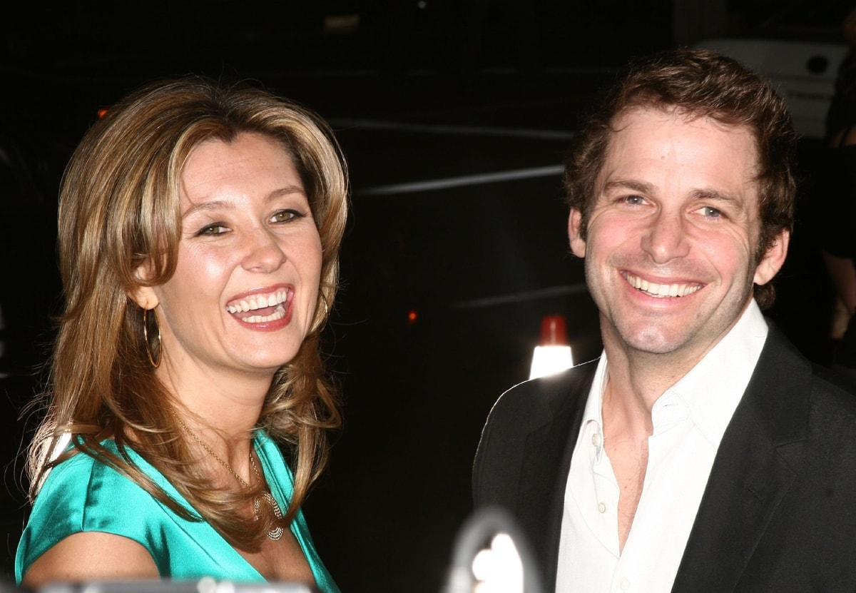 Deborah Snyder and Zack Snyder first met in 1996 and married on September 25, 2004, at the St. Bartholomew's Episcopal Church in Manhattan, New York