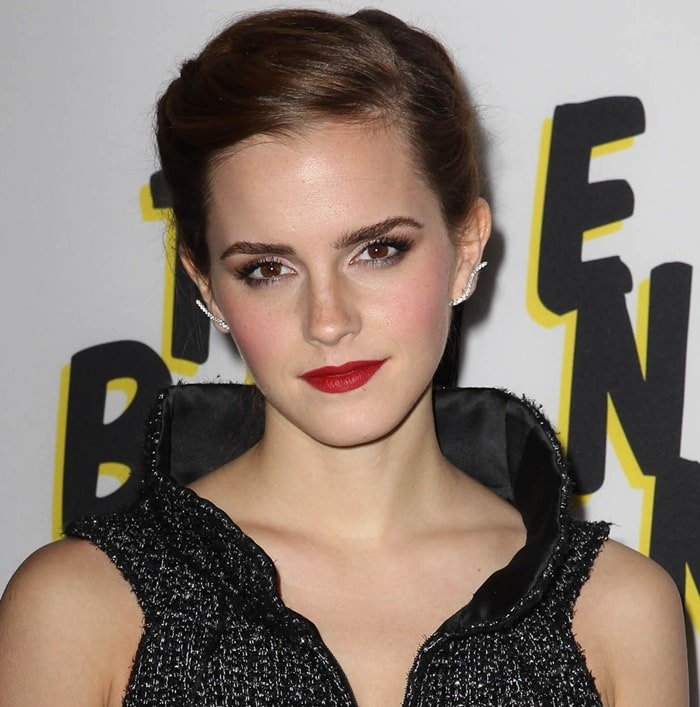 Emma Watson was drop-dead fabulous in a beautiful Chanel number paired with perfectly appointed extras