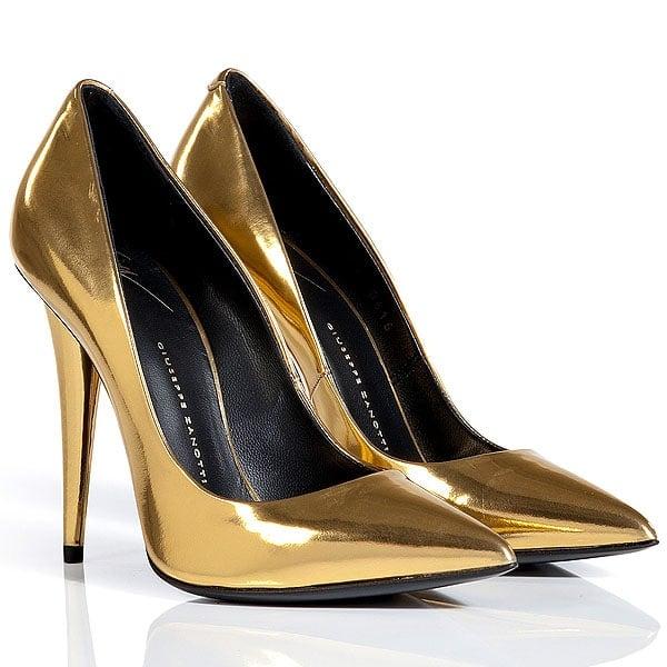 Giuseppe Zanotti metallic gold pumps