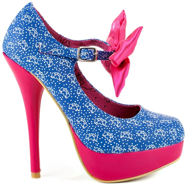 Iron Fist Bow Me Platform Pumps