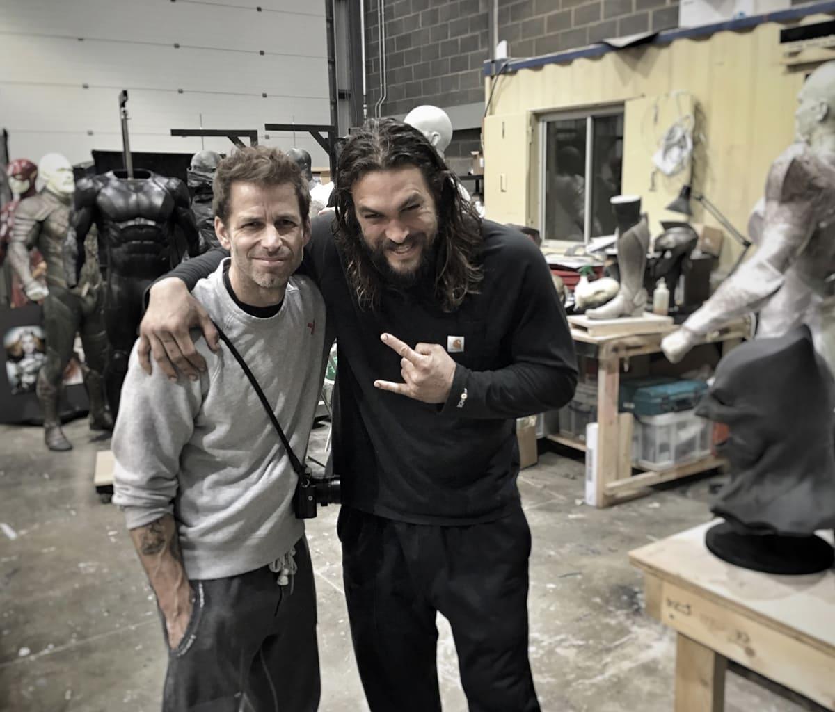 Jason Momoa and director Zack Snyder on the set of the 2017 American superhero film Justice League